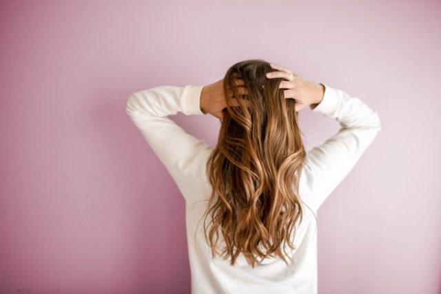 Comment se débarrasser de vos boutons sur votre cuir chevelu